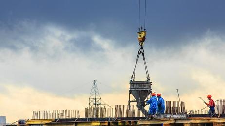 Las constructoras presentan la tasa de morosidad más elevada